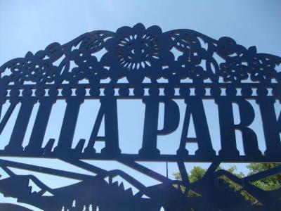 Go to the Villa Park Gateway page